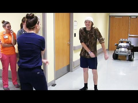 Teen Celebrates Leaving Hospital With Floss Dance-Off