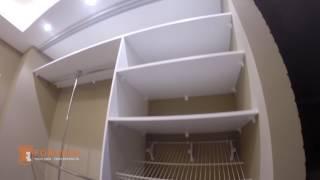Встроенный шкаф купе в прихожую с пескоструйными рисунками на зеркале (0565)(, 2017-02-13T22:59:43.000Z)