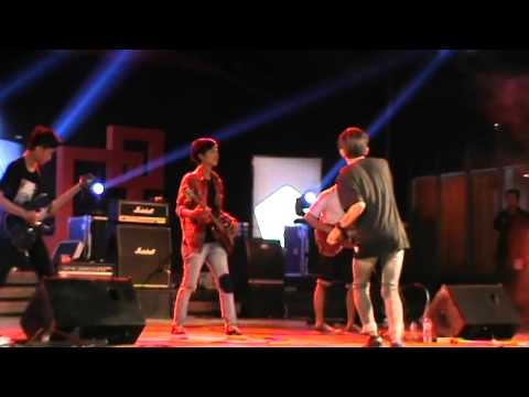 Rumah Kita-God bless Cover Rock by Superheater Band