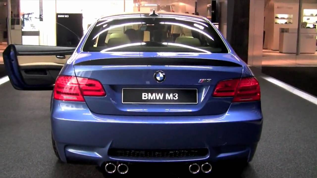 E92 BMW M3 ZCP competition package debuts on Monte Carlo Blue M3 at 2010 Geneva Motorshow