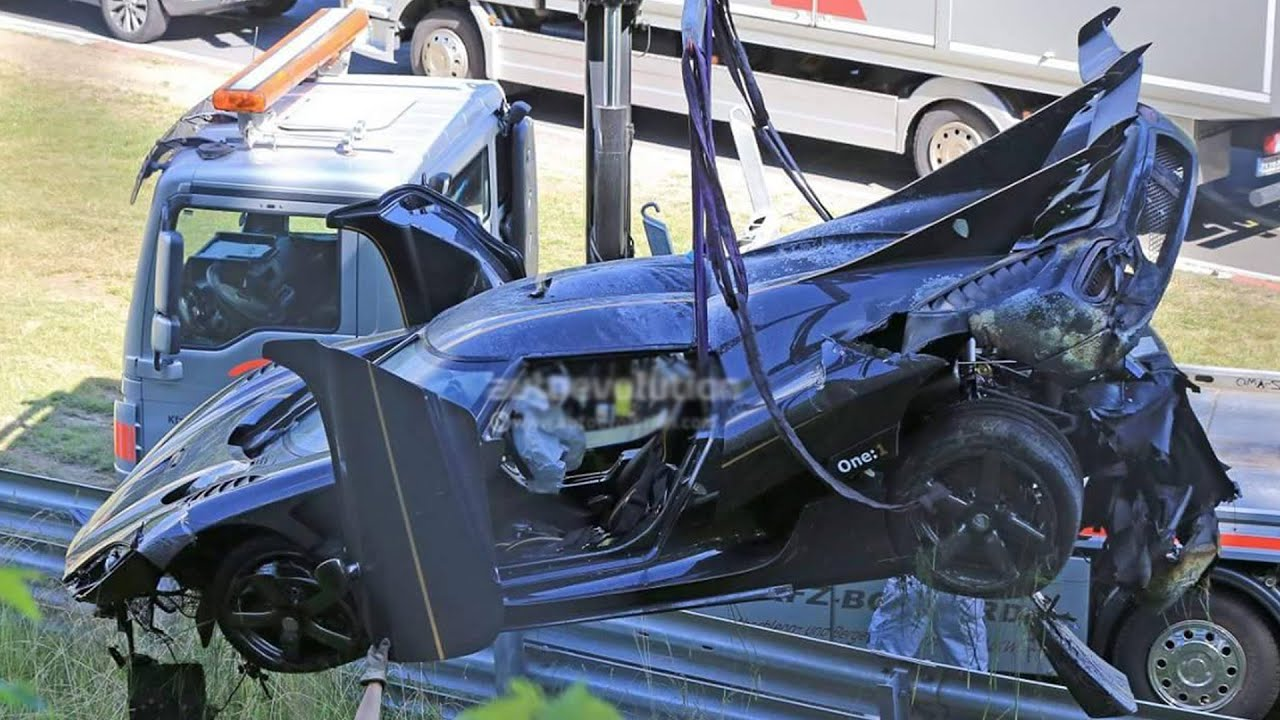 koenigsegg agera one 1 terrible crash at nurburgring 2016. Black Bedroom Furniture Sets. Home Design Ideas