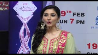 Glamourous TV Celebs At ZEE RISHTEY AWARDS 2017 Red Carpet