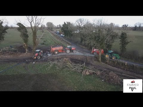 TANKERS, PIG SLURRY AND BLOODY STONES -- PIPING SLURRY OFF TANKERS