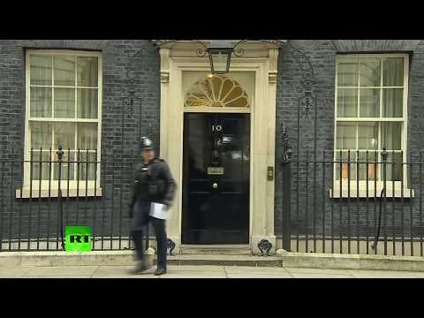 LIVE: 10 Downing Street as Theresa May reshuffles her cabinet
