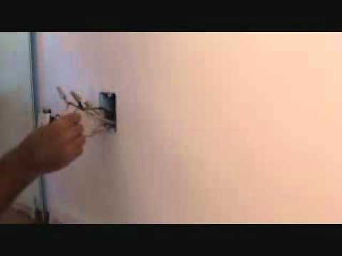Connecting a light switch to a duplex plug outlet - YouTube