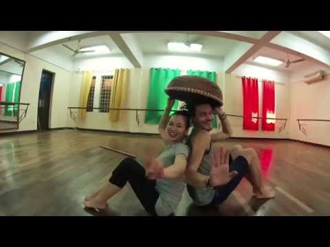 The Farmer Dance - Vietnam Dance College