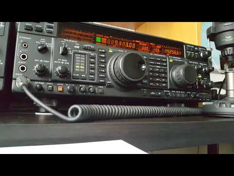 PA9JO On 40m in Netherlands talking about how he started on radio - Yaesu FT-1000MP