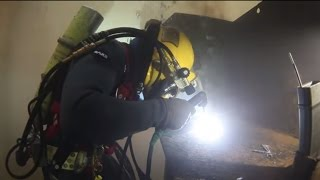 Underwater Welding - Find Out How You Learn At Dive School(Underwater Welding & Burning Instructor Josh Oxley takes us for a tour of the training facilities at Divers Institute of Technology in Seattle, Washington. See how ..., 2014-10-21T18:49:30.000Z)