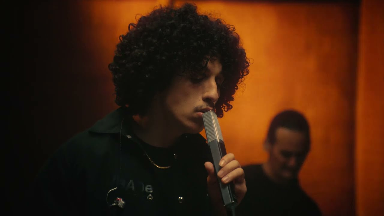 Rilès - 1000 REASONS (Live Version)
