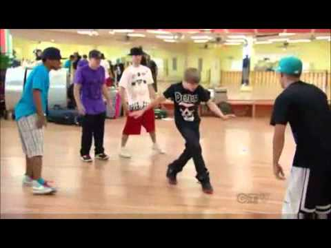 Shaq vs Justin Bieber - Dance-Off