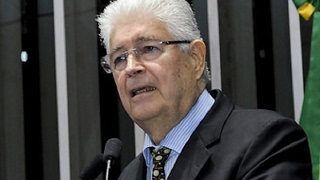 Para Roberto Requião, propostas da reforma trabalhista são 'da Idade Média'