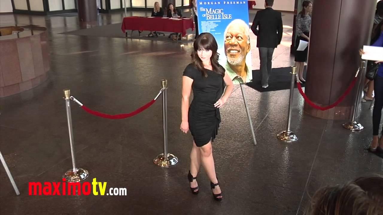 "Amanda Leighton amanda leighton ""the magic of belle isle"" premiere arrivals - maximo tv  video"