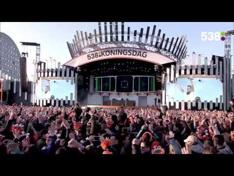 Armin van Buuren - My Symphony (Video) By : → [www facebook com lovetrancemusicforever]