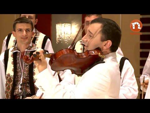 Orchestra fraților Advahov - În gară la leordeni și bătuta de la sud