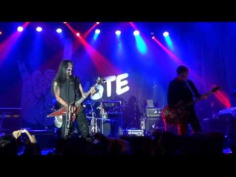 Koil - Aku Lupa Aku Luka @ Rock The Vote (Rolling Stone Cafe, 11 Juni 2014)