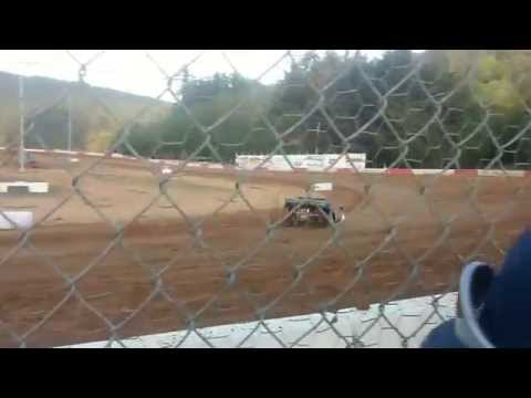 Coos bay speedway late model heat race 5/2/15