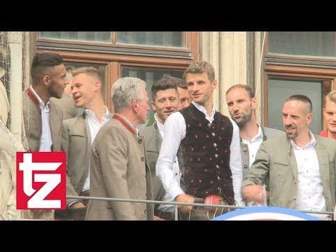 FC Bayern Meisterfeier: Hummels auf Toilette?