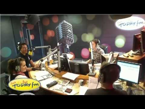 J.Barrowman on TodayFM with Ray Foley - 05-10-'11.mp4