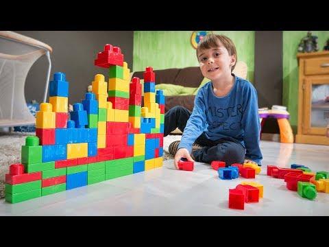LEGO NA SALA!! Barco De Brinquedo - Familia Brancoala