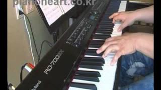 Natalie Cole L.O.V.E piano cover Video