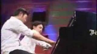 大江千里のLiveDepotより ピアノ連弾デュオレ・フレールです。