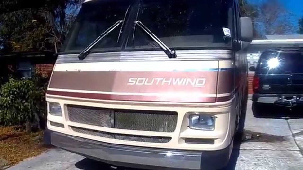 1989 34' Southwind Fleetwood motorhome project (day 1