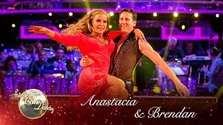 Anastacia & Brendan Cole Salsa to 'Sax' - Strictly Come Dancing 2016: Week 2