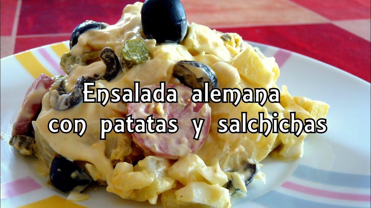 Cocina f cil ensalada alemana con patatas y salchichas - Ensalada alemana de patatas ...
