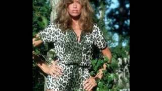 Watch Carly Simon Big Dumb Guy video