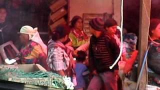 Repeat youtube video El Mercado, Nebaj, Guatemala