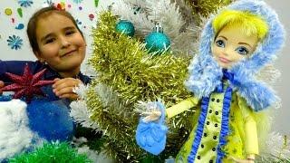 Видео для детей с новогодней сказкой про новогодние игрушки