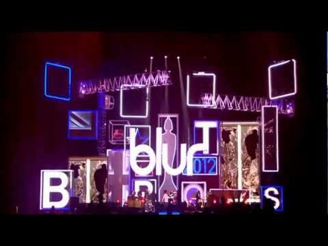 Blur - Parklife (Brit Awards 2012)