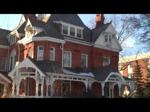 2014-02-24-for-$324,777-you-can-own-this-toledo-old-west-end-mansion-and-bed-&-breakfast
