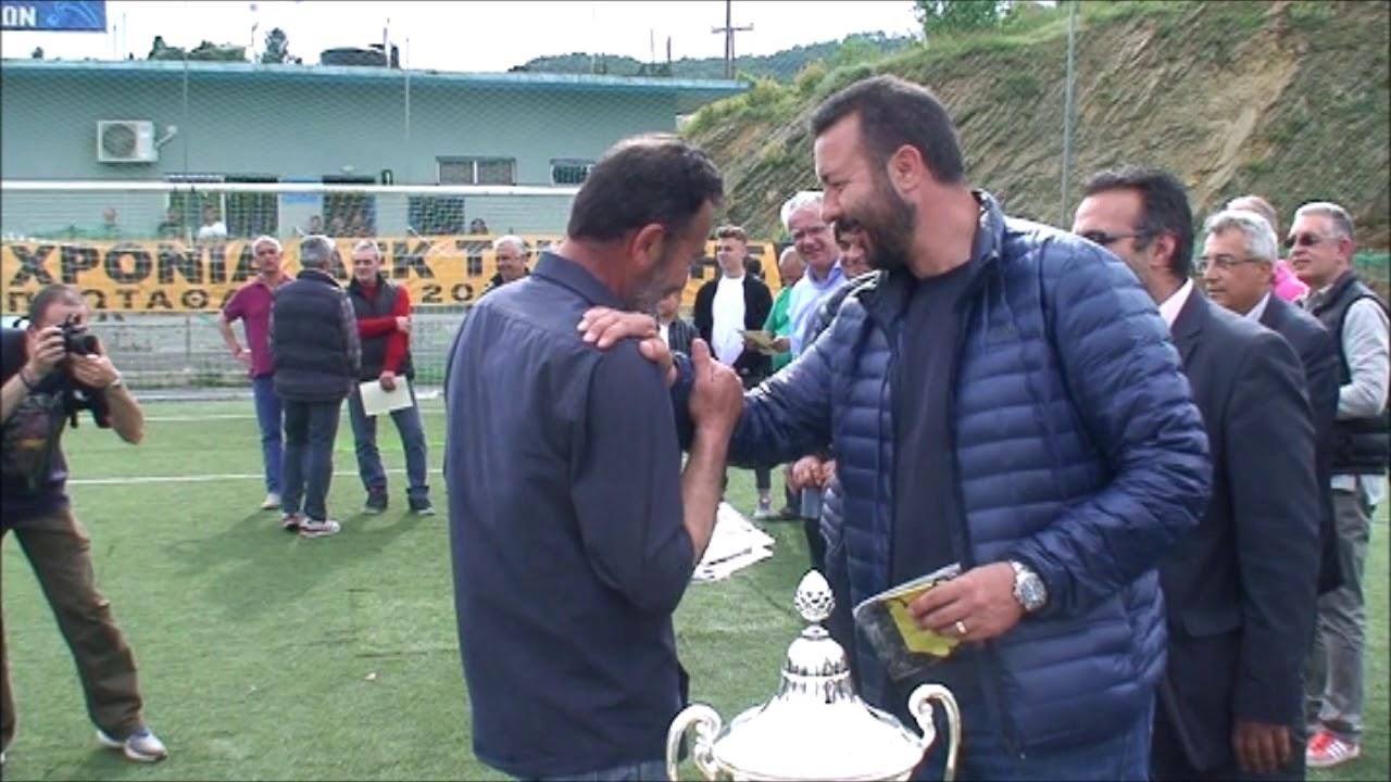 Απονομές της πρωταθλήτριας ΑΕΚ Τρίπολης