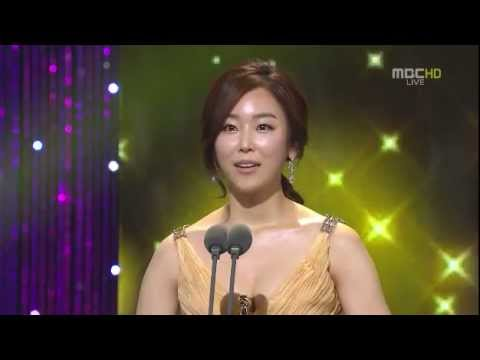 [111230] Seo Hyun Jin (서현진) New Actress Award 2011