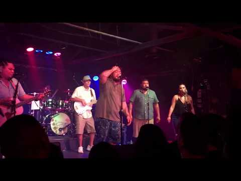 J Boog – Waiting on the Rain  @ Strummers Fresno 08/10/17