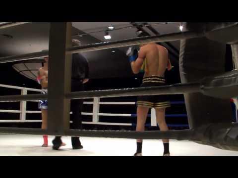 Jessie Magusen vs Ruben Lahn, WMC Muay Thai Part 1