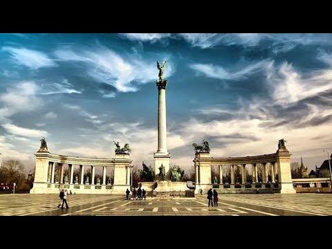 Hősök tere / Hero's Square - Budapest Hungary