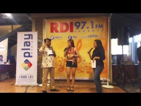 Yuni R & Sella Selly - MNC Play Live  Streaming