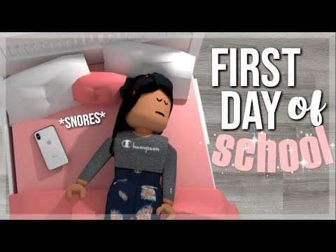 Teen's First Day of School! | Roblox Bloxburg Roleplay