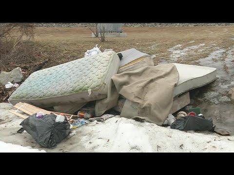 Garbage left behind at Medina Street boat ramp