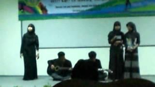 Tim Rabiatul Adawiyah Sajak Pertemuan Mahasiswa