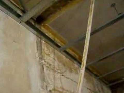 Préparation faux plafond salle de bains - YouTube