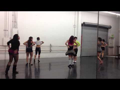 Pixie Stixx Burlesque workshop - Sexy Silk choreography