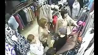 Sale.Распродажа магазина одежды, которая приносит деньги