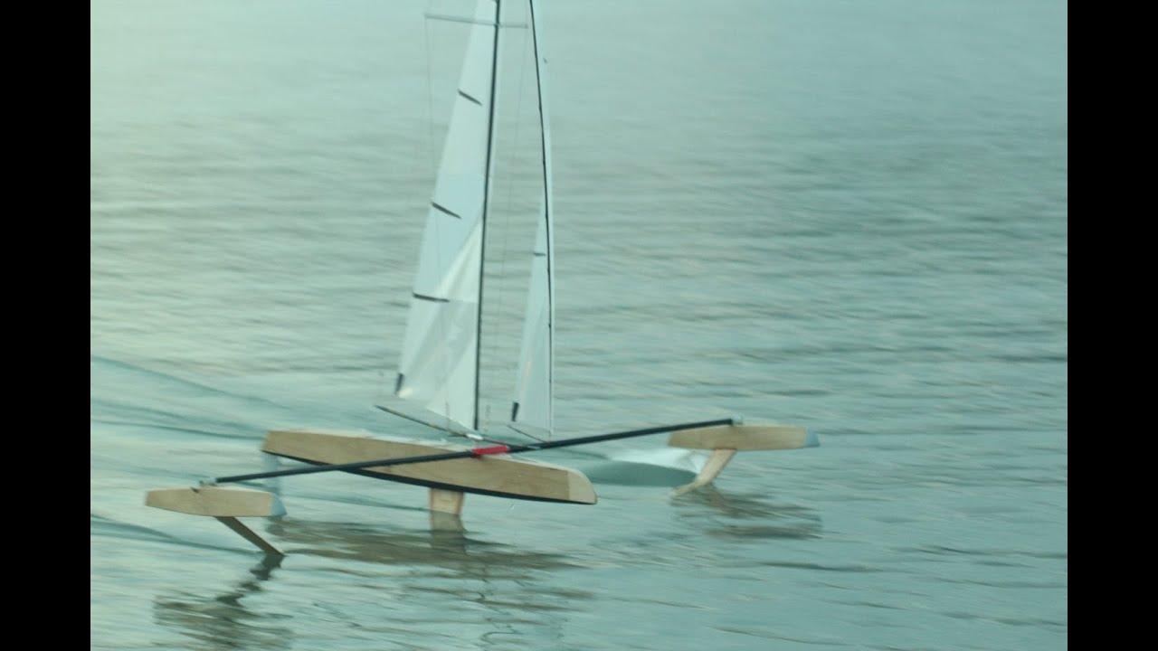 RC Hydrofoil sailing Le Lavandou 2013 Part2 - YouTube