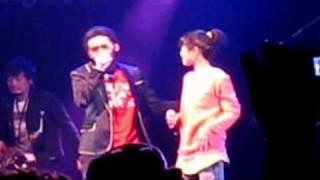 偷偷-閻韋伶+ 蛋堡 LIVE (@傳)