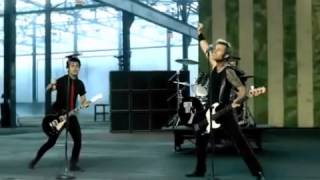 Green Day - American Idiot (Official Music Video)