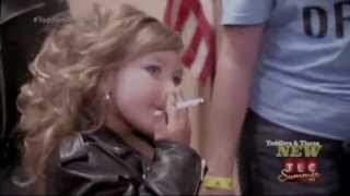 Child Four Year Old smoke a Cigarette on Toddlers & Tiaras