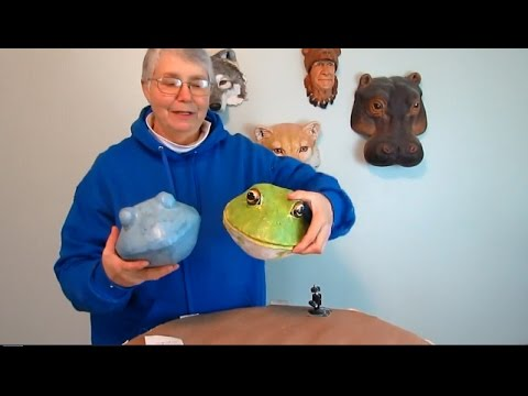 Papercraft Paper Mache Frog Trophy Head with Papercraft Pattern #1
